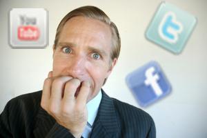 Nervios ante una crisis de reputación online en redes sociales