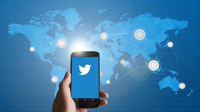 ¿Cómo y cuándo utilizar las encuestas de Twitter?