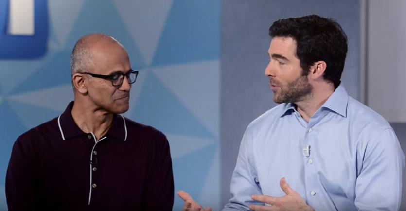 Satya Nadella y Jeff Weiner anunciando la compra LinkedIn por parte de Microsoft