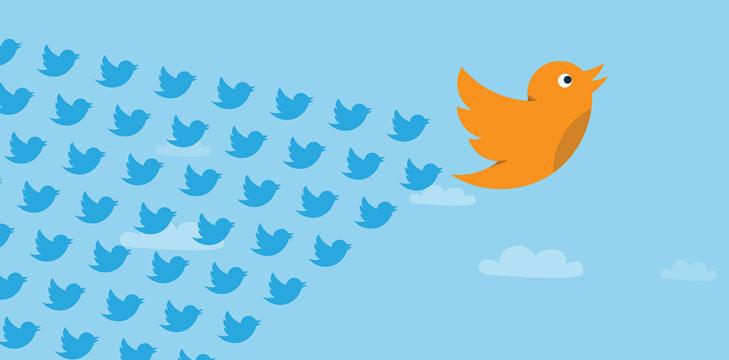 Iconos de pajaros de Twitter volando