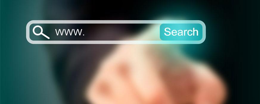 Aprende ahora las claves para posicionar las imágenes de tus productos. La imagen muestra un cuadro dónde escribir una búsqueda en una pantalla transparente